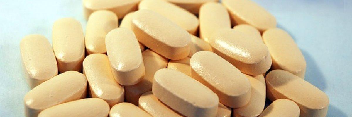 hogyan lehet kezelni térdfájdalomcsillapító gyógyszereket)