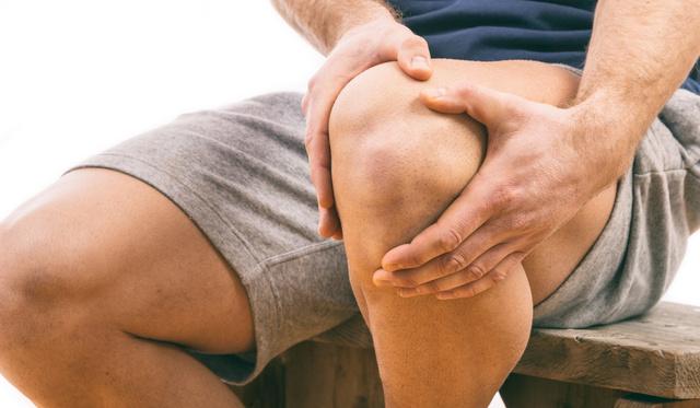 fájdalom a nagy lábujj ízületei