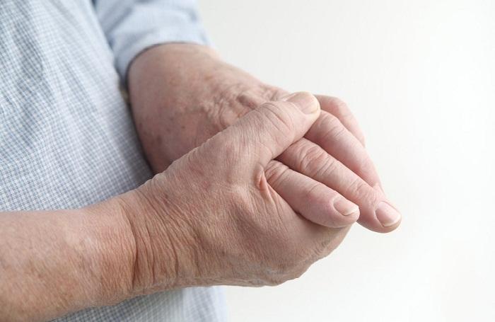 a kézízületek fájnak és meggyulladnak
