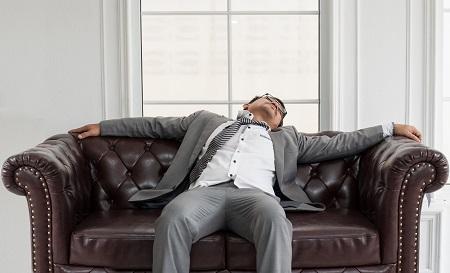 fáradtság és ízületi fájdalmak)