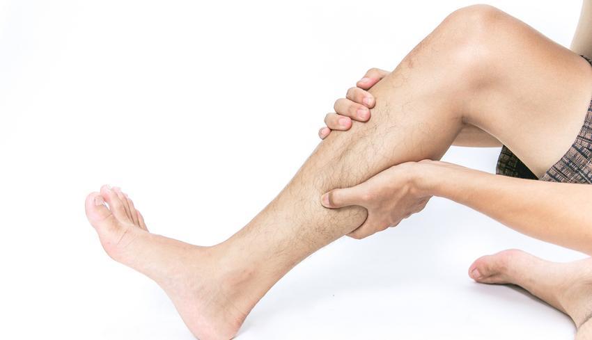 Gyengének érzed a lábad, vagy zsibbad? A lábfájdalom okai és 5 fő típusa - Egészség | Femina