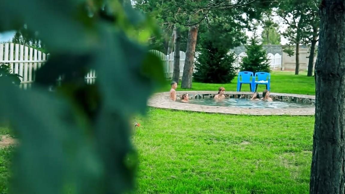 Kirgizisztán meleg forrásai. Kirgizisztán üdülőhelyek. Síközpontok Kirgizisztánban