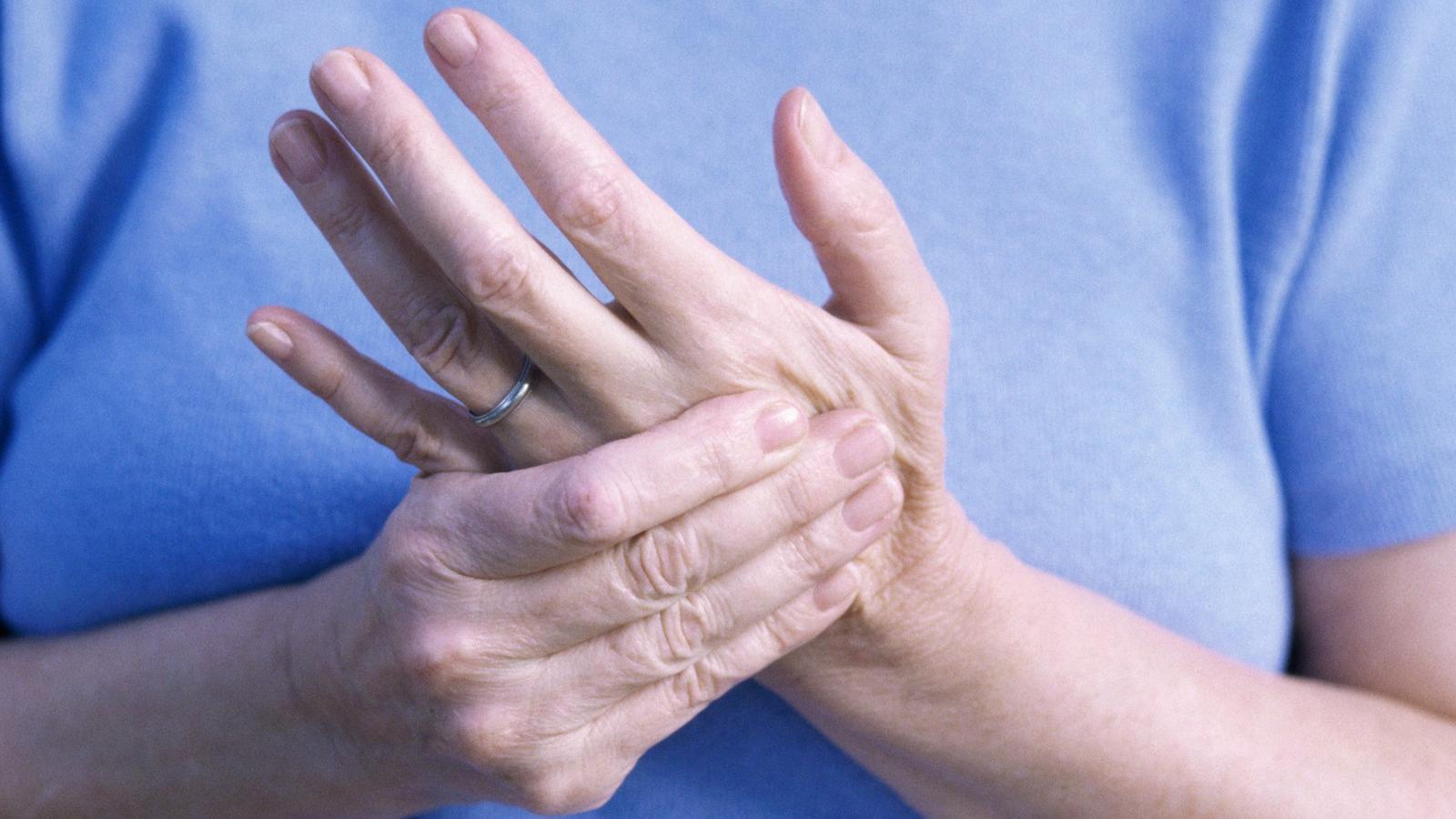 ízületi fájdalom zsibbadt kezek