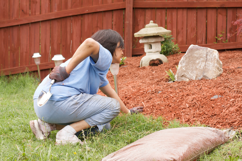 ízületi fájdalom a kertben végzett munka után)