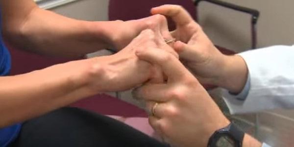 a láb interfalangeális ízületeinek deformáló artrózisa
