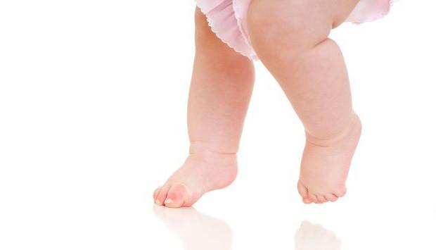 ízületi fájdalom a lapos lábak miatt kondroitin-glükozamin gyógyszerek