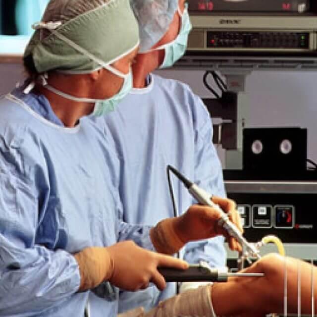 térd artrotomia helyreállítása