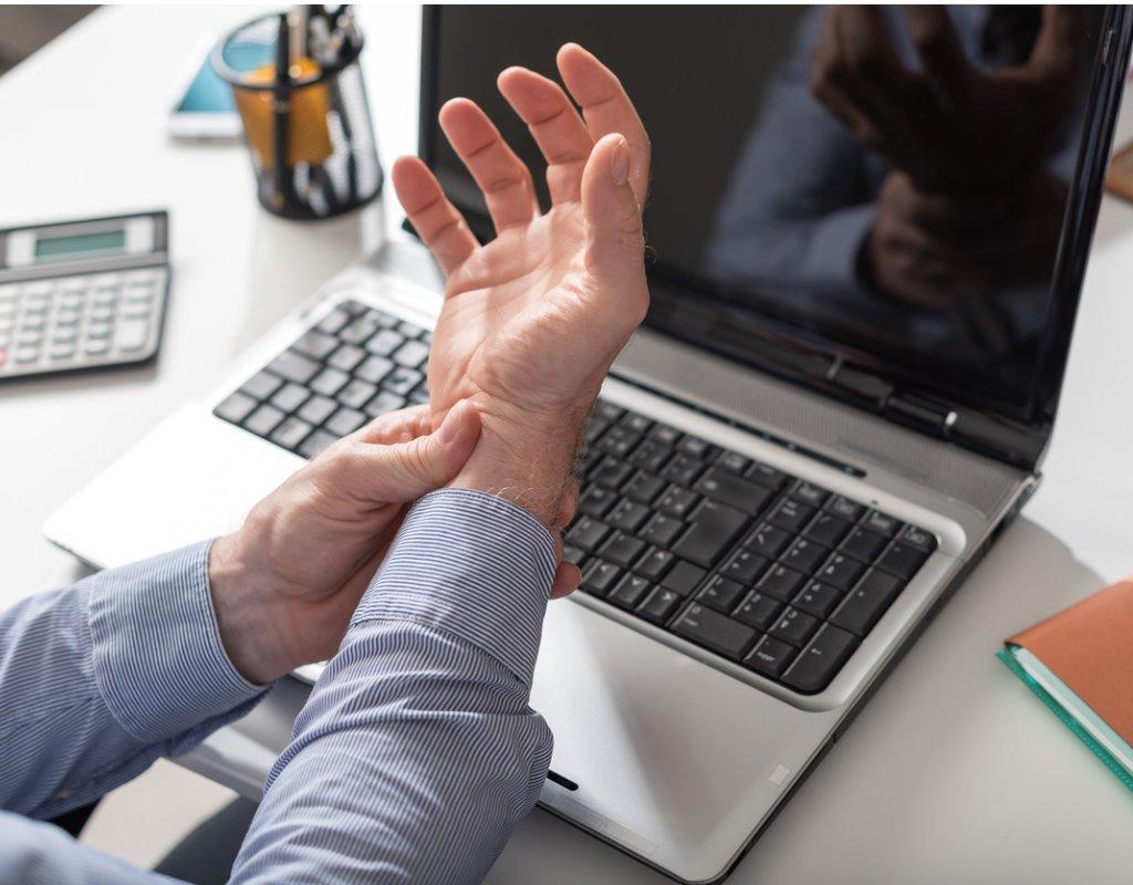 a gerinc ízületeinek deformáló artrózisa viszketés és ízületi fájdalom