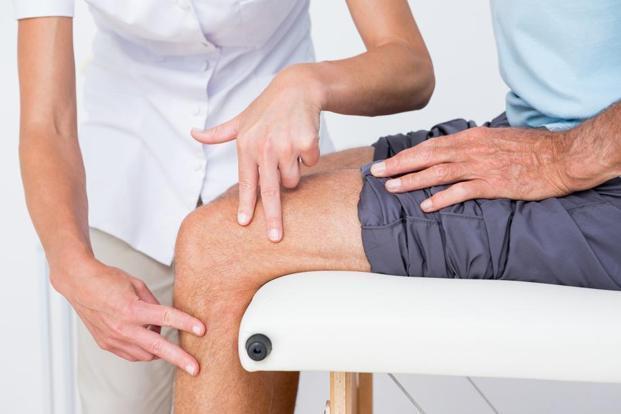 ropogás és ízületi fájdalom járás közben bioptron ízületi kezelés