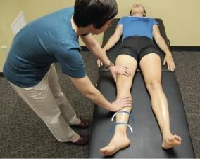 csípő fájdalom húzza a lábát