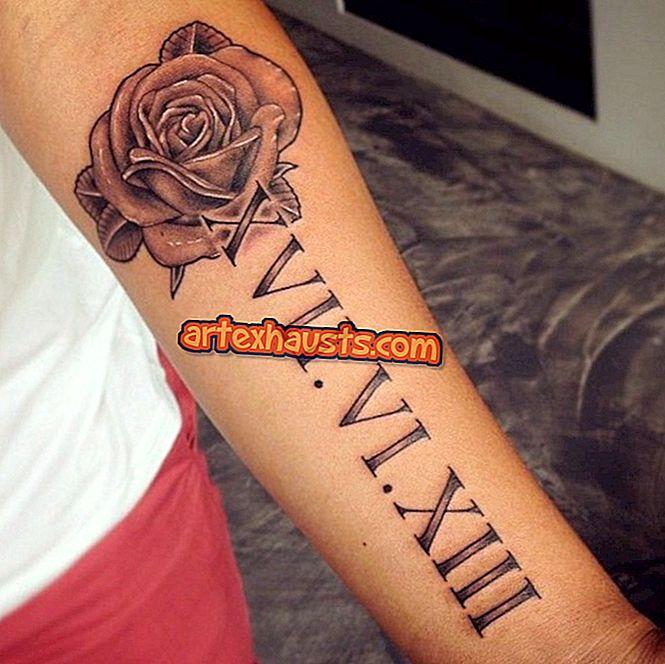 a csuklóján lévő tetoválás fáj