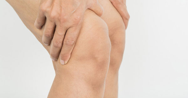 az ízületek krónikus reuma kezelése térdízületi fájdalom okozza