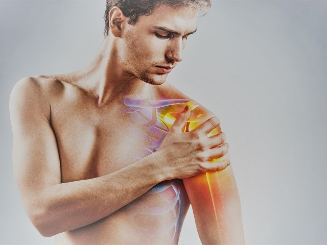 fájdalom a vállízület mellkasának területén)