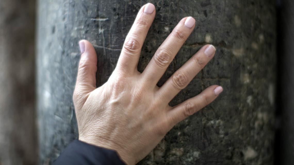 fájdalom az ujjak ízületeiben télen)