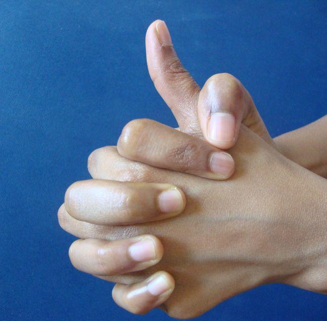 kúpok az ujjak ízületein sérülés után