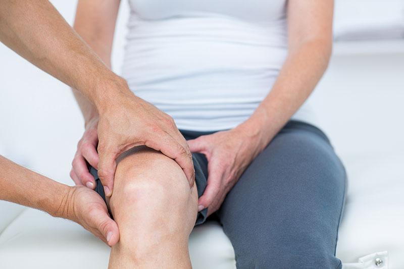 a térd ízületi fájdalma