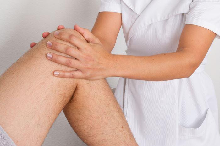 térdízület liba-láb kezelés)