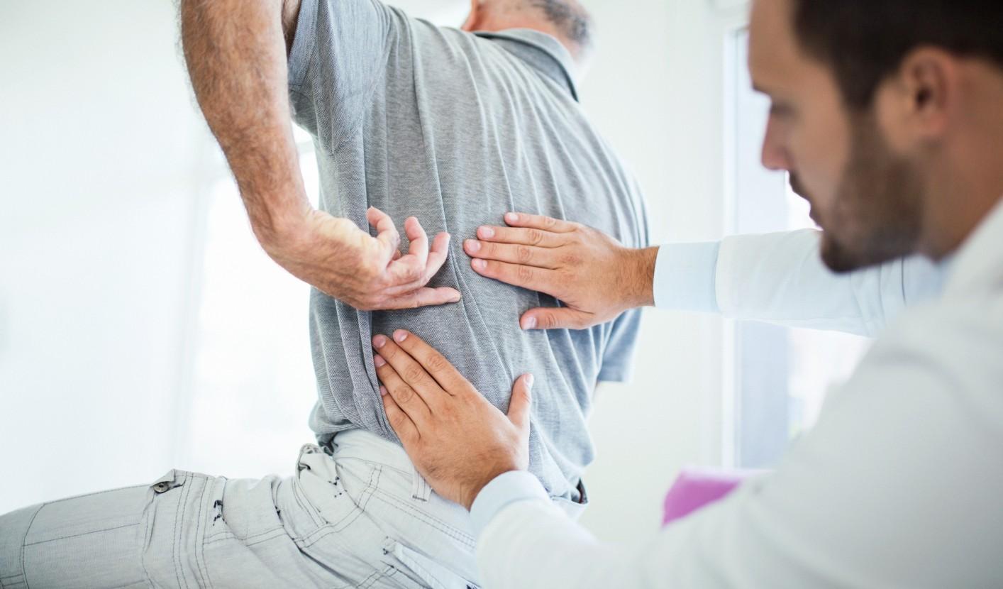 fájdalom és ropogás az ízületekben és a gerincben