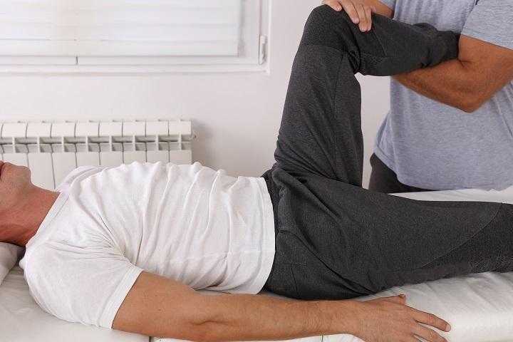 fájdalom a könyökízület megnyomásakor a lábízületek fájdalmának blokádja