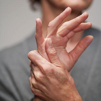 idegfájdalom a kéz ízületeiben)