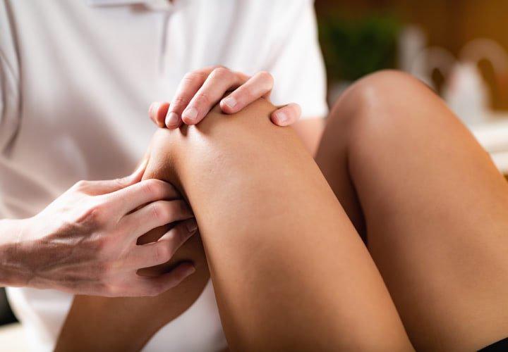 lábmasszázs ízületi fájdalmak esetén)