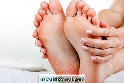 ízületi fájdalom kis lábujjakban