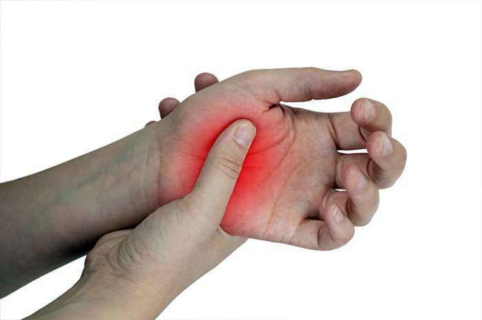rheumatoid arthritis zsibbadt kar