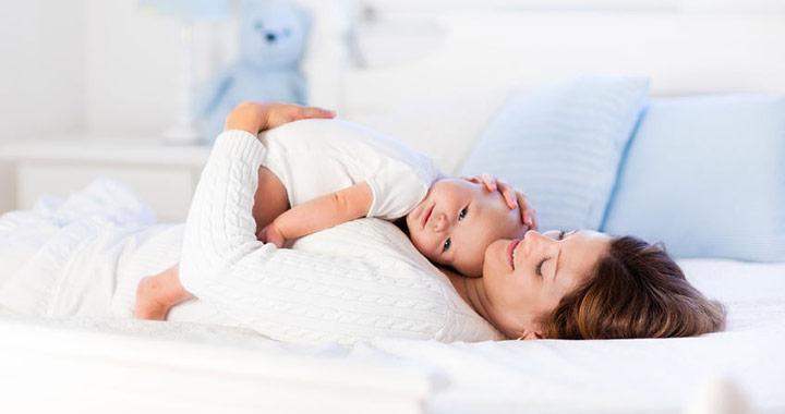 ízületi fájdalom szülés után mennyi ideig)